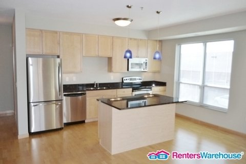 property_image - Condominium for rent in Hopkins, MN